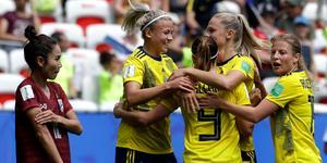 Hanna Glas, Kosovare Asllani, Fridolina Rolfö och Anna Anvegård fick målljubla flera gånger om mot Thailand.