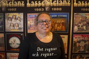 Ett av Lasse Stefanz superfan är Erika Lundqvist från Örnsköldsvik.