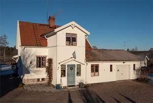 Denna villa i Karlbo/Krylbo i Avesta kommun var dalaobjektet som fick allra flest klick på Hemnet under förra veckan. Foto: Ateljé Linslusen