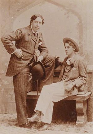 Stiliga karlar. Oscar Wilde tillsammans med sin unge älskare Alfred Douglas 1903. Foto: Gillman & Co