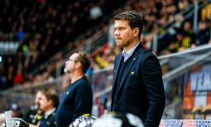 Thomas Paananen hade ett år kvar på sitt kontrakt. Nu får VIK behålla succétränaren i minst tre år.