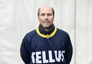 Tellus tränare Roland Nyström ser fram emot fredagens match, motståndet till trots. Bild: Pontus Lundahl / TT