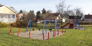 KKTAB planerar  att rusta upp lekplatsen på Västerlånggatan nästa år.