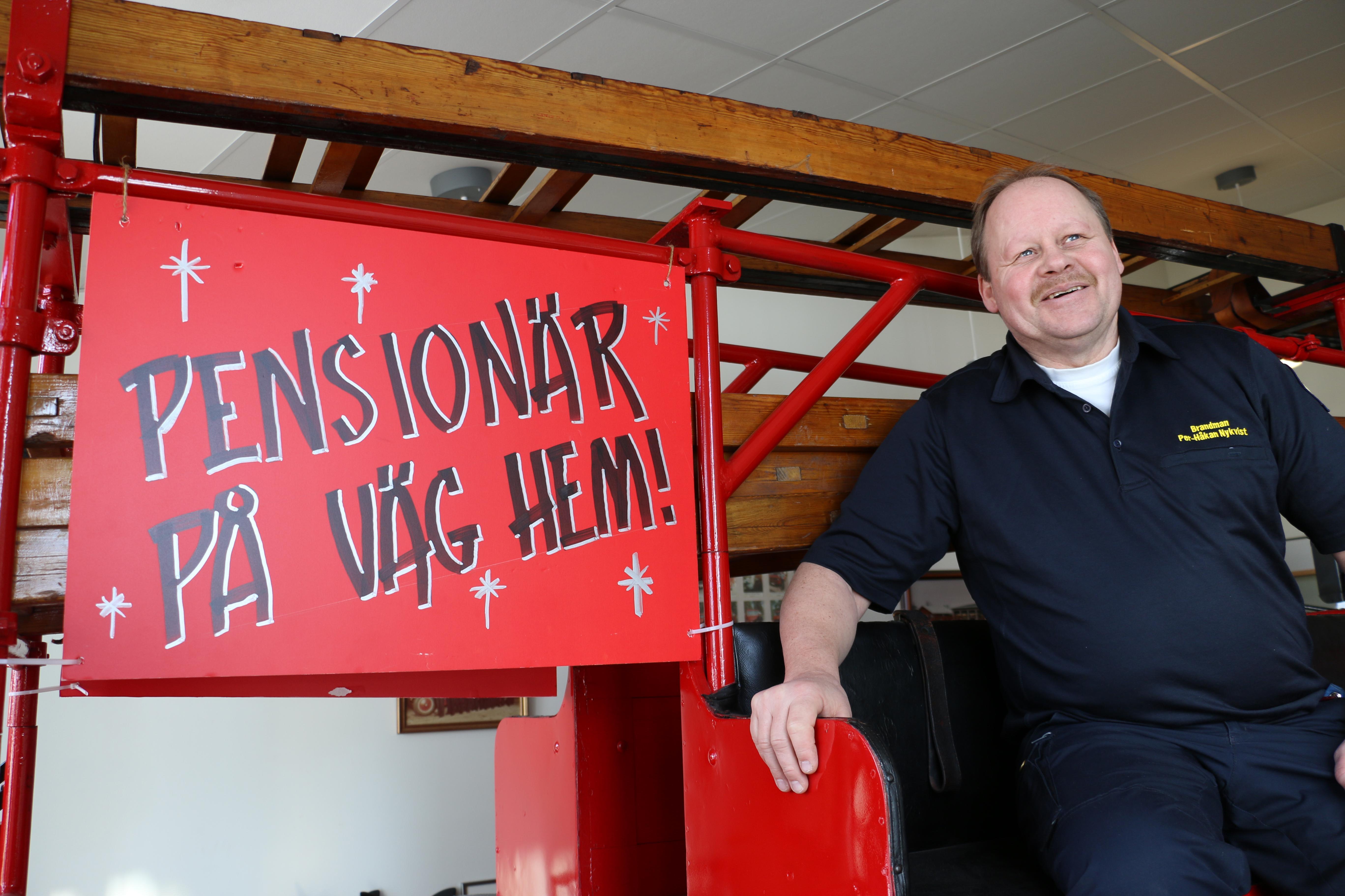 Efter 41 år som brandman gick Per-Håkan Nykvist på skärtorsdagen 2018 i pension från brandstationen i Byrsta. - Det har gått så fort, och det är fascinerande att man inte vet vad som kommer hända under en dag.