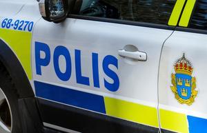 Två poliser dödshotades av en kvinna som de skulle gripa enligt LOB.Foto: Johan Nilsson / TT /