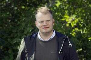 Per Solberg, skogsbonde från Vimmerby, speeddejtar Lina Nilsson i årets säsong av