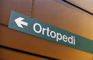 På grund av länsklinikerna har vårdkön till ortopedin ökat, skriver Mattias Rösberg, Sjukvårdspartiet.