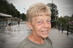 Pia Åslund, 58, brevbärare, Timrå