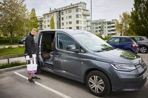Niklas tycker att det är bekvämt med att Möller Bil har både nya bilar, begagnade bilar och reparation på samma ställe.