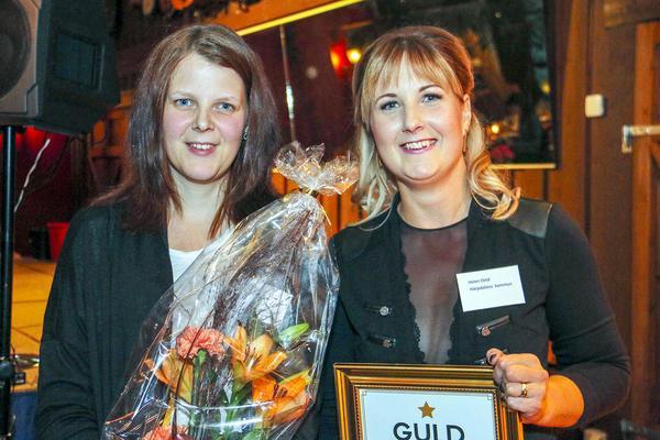 Erica Bergström och Helén Eklind på Lilla caféet i Hede, årets serviceföretag.