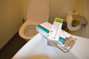 Det finns receptfria läkemedel mot hemorrojder.
