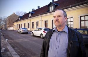 Tony Pehrsson. Sverigedemokraterna, kritiseras.
