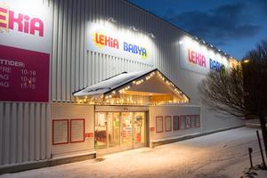 Lekia i Lillänge och i övriga landet går bra enligt Carina Olenäs, butiksägare Lekia.
