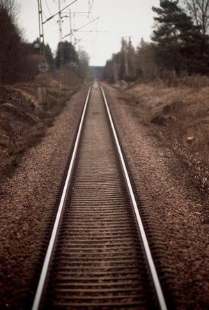 Bild på ett järnvägsspår i Sverige. Foto: Fredrik Persson / TT