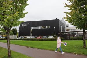 I oktober avgör Högskolan Dalarnas styrelse frågan: Blir campus kvar strax  bortom Kupolen...