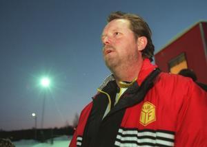Tommy Holmgren har varit aktiv i Kubikenborgs IF i 20 år. Han hjälper till med allt för att hålla klubben rullande.