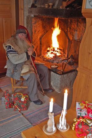En paus under julklappsbestyren.