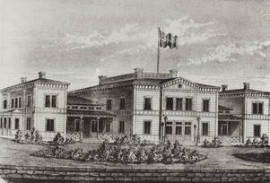 Det pampiga stationshuset byggdes redan till järnvägens öppnande 1859.