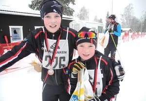 Trond Fredriksen, till vänster, och Elias Wetterskog bjöd på en spännande duell på upploppet.