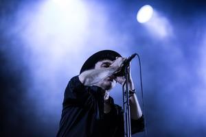 2018. Thåström uppträder på festivalen.