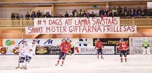 Så här såg det ut 2015 när lagen möttes i Svenska Fönster Arena. En uppmaning till Per Hellmyrs att flytta