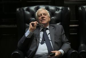 Chris Patten, Hongkongs siste brittiske guvernör, är starkt kritisk till Kinas agerande.