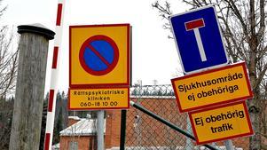 Mindre än en promille av alla permissioner på rättspsyk i Sundsvall missköts enligt ställföreträdande verksamhetschefen Bengt Eriksson.