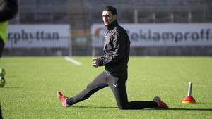 Agon Mehmeti gjorde sin första träning med ÖSK på Behrn arena.
