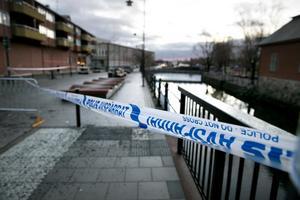 Mannen sköts på Vattugränd i centrala Falun.