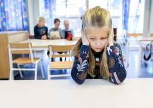 Skolan behöver bli bättre på att hjälpa de cirka 700 elever i Örebro län som har autism, skriver Autism- och Aspergerförbundets skolexpert Agneta Söder.