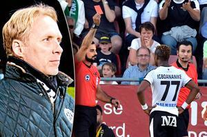 ÖSK:s sportchef Magnus Sköldmark vill se en extern grupp som kan upphäva felaktiga utvisningar, men någon sådan finns inte i svensk fotboll. Utvisningar som delats ut på planen leder alltid till minst en match avstängning. Arkivfoto: Veronika Ljung-Nielsen, Conny Sillén/TT