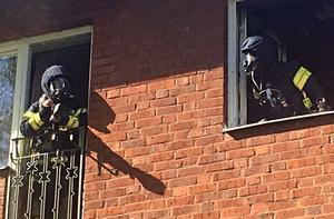 En fullt utvecklad brand härjade i en lägenhet i Borlänge på fredagseftermiddagen.