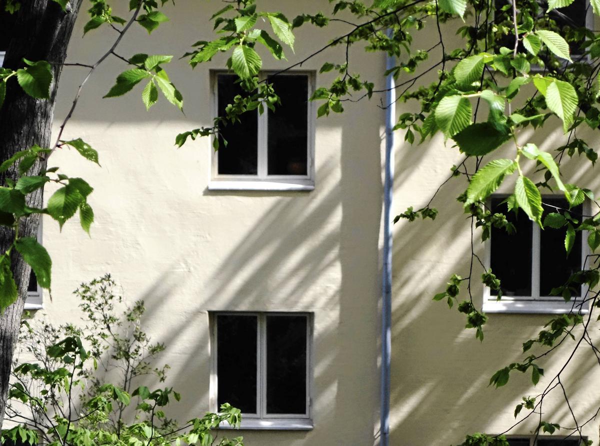 5baa622b852f Insändare: Vår hyresvärd låter hus förfalla – Gästrike Fastigheter svarar  på kritiken