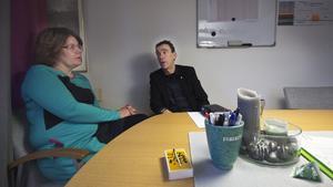 """Anna Forssén, personalchef och Anders Kilström, kommunchef, har planer för hur det stora rekryteringsbehovet ska mötas. En av utmaningarna är chefsposterna. """"Det är svårt att få tag i kvalificerade chefer"""", säger Forssén."""