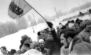 Kvalmötet med Lesjöfors för 50 år sedan blev samtidigt tack och farväl till spel på Bergsåker för Selånger SK, som lagom till debuten i högsta serien flyttade  matchandet till stan. Först till IP och sedan till Gärdedalen.