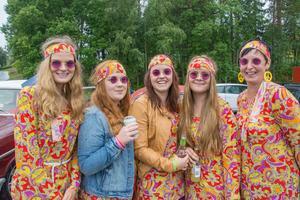 Hippies från Brunflo, Offerdal och Krokom med en Bubbla från 1965.