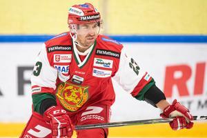 Rutinerade backen Tomas Skogs år skadad. Det är oklart hur länge han blir borta. Foto: Daniel Eriksson/Bildbyrån