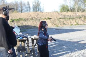 Sofie Lundin har endast hållit på med dynamiskt skytte i ett år och har redan nått flera framgångar