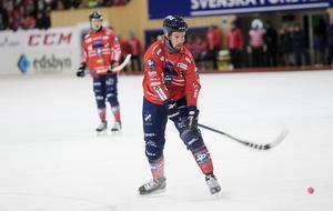 Mattias Hammarström gjorde ett av Edsbyns mål när laget föll med 2–8 i den senaste matchen.