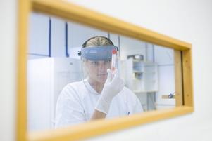 LABORATORIUM.  Här tas tester av viruset H1N1, även kallat svininfluensa.