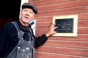 Mats Uppling köpte Bältarbo tegelbruk 2006. Sex år tidigare fick tegelbruket utmärkelsen Årets industriminne. Under söndagen är det öppet hus från klockan 11.00.