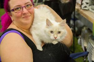 Alexandra Westerberg och katten Niico.