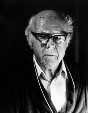 Domkyrkosysslomannen Gunnar Ekström (1893–1990) förfäktade teorin att den första biskopskyrkan låg på samma plats som den nuvarande Domkyrkan. Ekström var den siste domkyrkosysslomannen i Sverige. Han var 96 år när han dog. Foto: VLT.