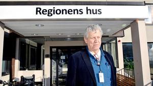 Lars-Gunnar Hultin (V), ledamot i Regionstyrelsen, säger sig inte vara ett dugg förvånad över uppgifterna om hemliga inspelningar.