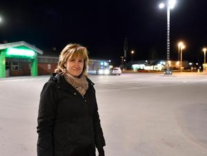 Anna Hed (C), kommunalråd, hoppas att anslutningarna nu kan rulla på utan avbrott. Arkivbild: Nisse Schmidt