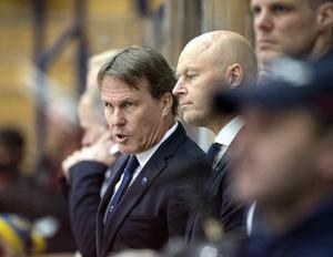 Markus Åkerblom (längst bort), Johan Garpenlöv och Marcus Ragnarsson under Karjala Cup i Leksand i höstas. Foto: TT