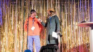 Ordföranden i Norbergs slalomklubb Robert Lindstedt och Johanna Odö.