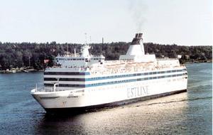 M/S Estonia på väg genom skärgården. Färjelinjen mellan Tallinn och Stockholm var en stolthet för den pånyttfödda staten Estland. Arkivfoto.