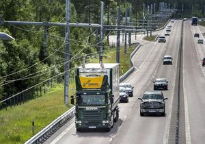 Elväg för transporter på E16 utanför Sandviken. Foto: Pontus Lundahl/TT