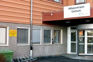 Enligt det ursprungliga förslaget skulle primärvårdsjouren i Sundsvall flyttas från sjukhuset till Hälsocentralen Centrum, men bara ha öppet under helger. Nu verkar primärvårdsdirektören backa från förslaget.